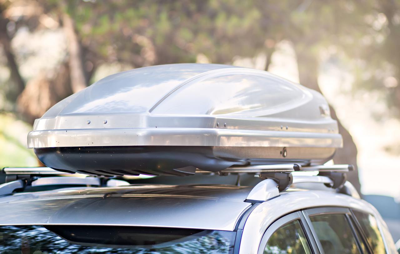 画像: アウトドアに大活躍のルーフボックスとは? 車の屋根の上に荷物を積むことができるサブトランク!
