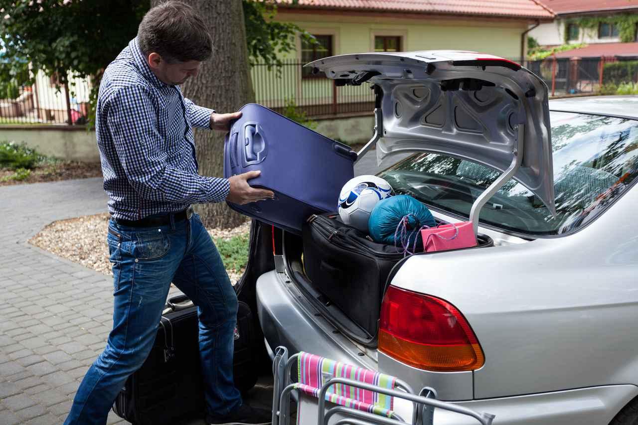 画像: ルーフボックス を使用する最大のメリットは車内が広く使えること!デメリットとして少し面倒な面も…