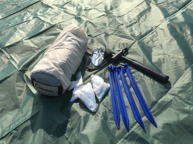 画像: 筆者撮影 普段のキャンプでは見ないような道具もありますね。