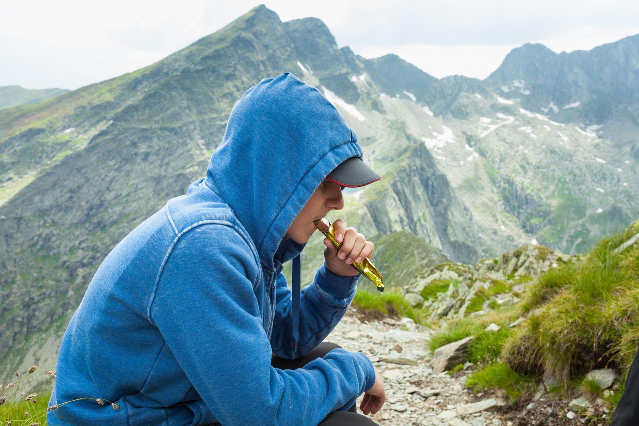 画像: 【登山】出発前にコンビニで買えるおすすめの行動食とは?備えておけば安心! - ハピキャン(HAPPY CAMPER)