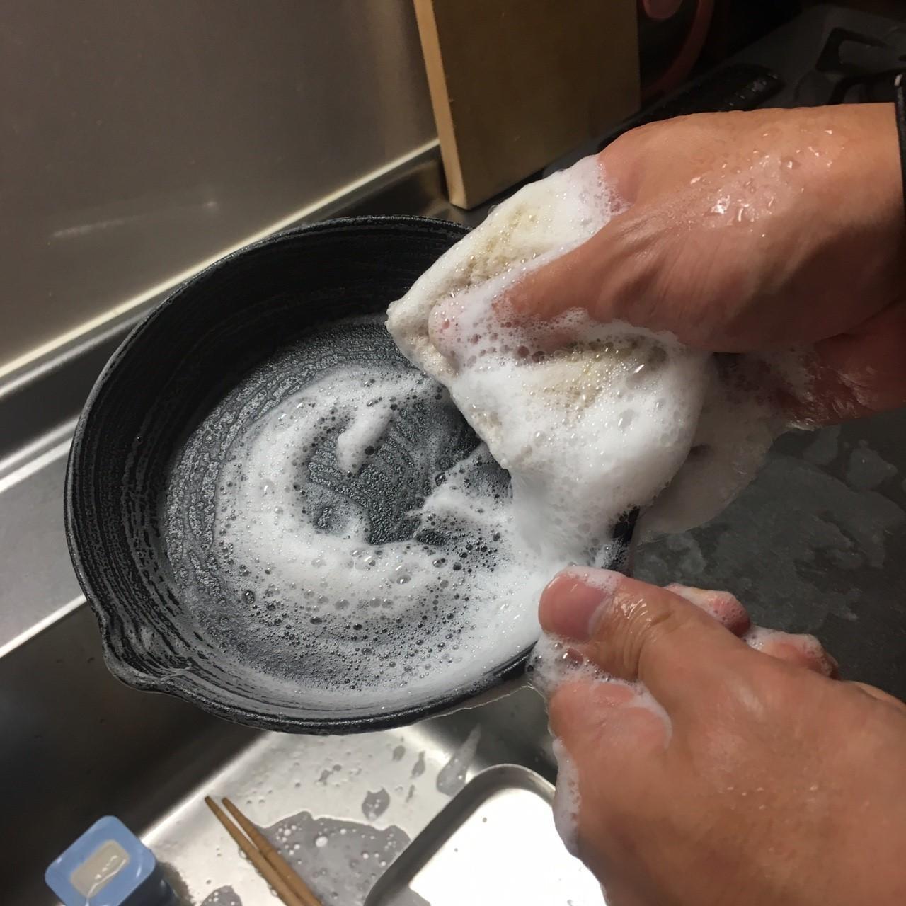 画像: 【ニトスキ】ニトリのスキレットをシーズニング! 使用手順を写真付きで詳しく解説! - ハピキャン(HAPPY CAMPER)