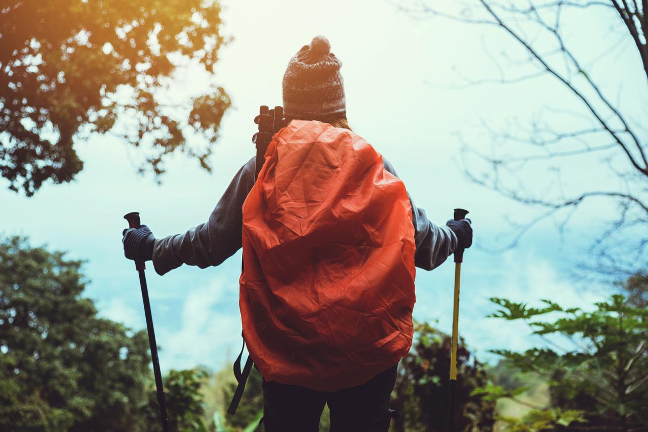 画像: 【登山初心者必見】防水機能でリュックを雨から守る「レインカバー」おすすめ商品3選 - ハピキャン(HAPPY CAMPER)