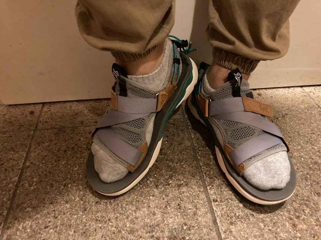 画像: 靴下を履いた状態 (筆者撮影)
