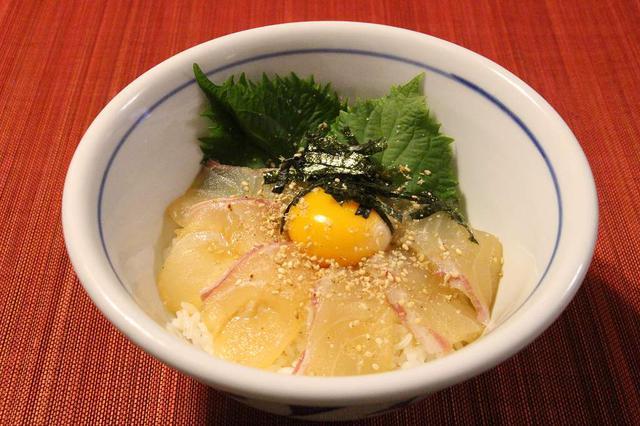 画像: 土鍋で炊く! 絶品「鯛めし」レシピ 真鯛を使った愛媛の郷土料理を堪能しよう - ハピキャン(HAPPY CAMPER)