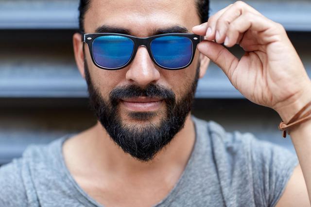 画像: ポイント1:目的別に特化したサングラスを選ぼう! アウトドアに適したモデルがおすすめ