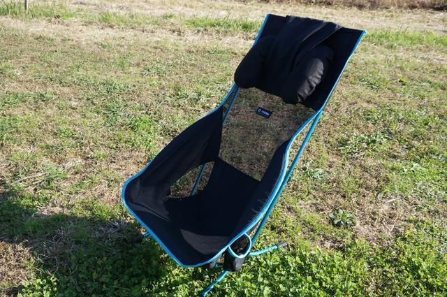 画像: 筆者撮影「ヘッドレストには枕を装着できる」
