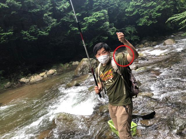 画像: HIT!!! 小さくても釣れたら嬉しい! (筆者撮影)