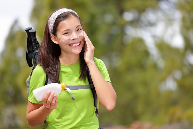 画像: 【紫外線対策】日焼け止めクリーム選びのポイントと使用シーン別おすすめ商品のご紹介! - ハピキャン(HAPPY CAMPER)