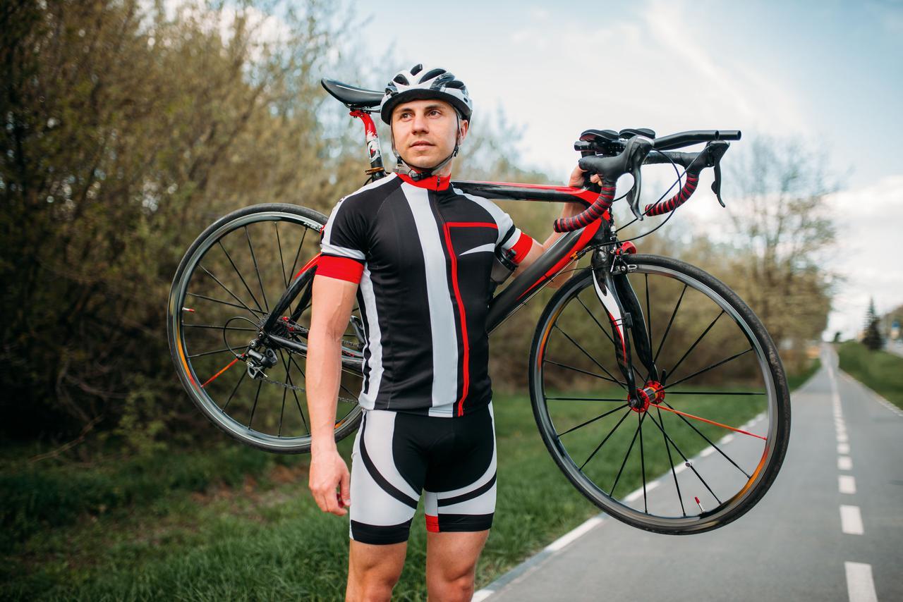 画像: 【サイクルジャージの特徴】空気抵抗を減らす・軽量・ポケットなど! サイクリングするなら持つべし