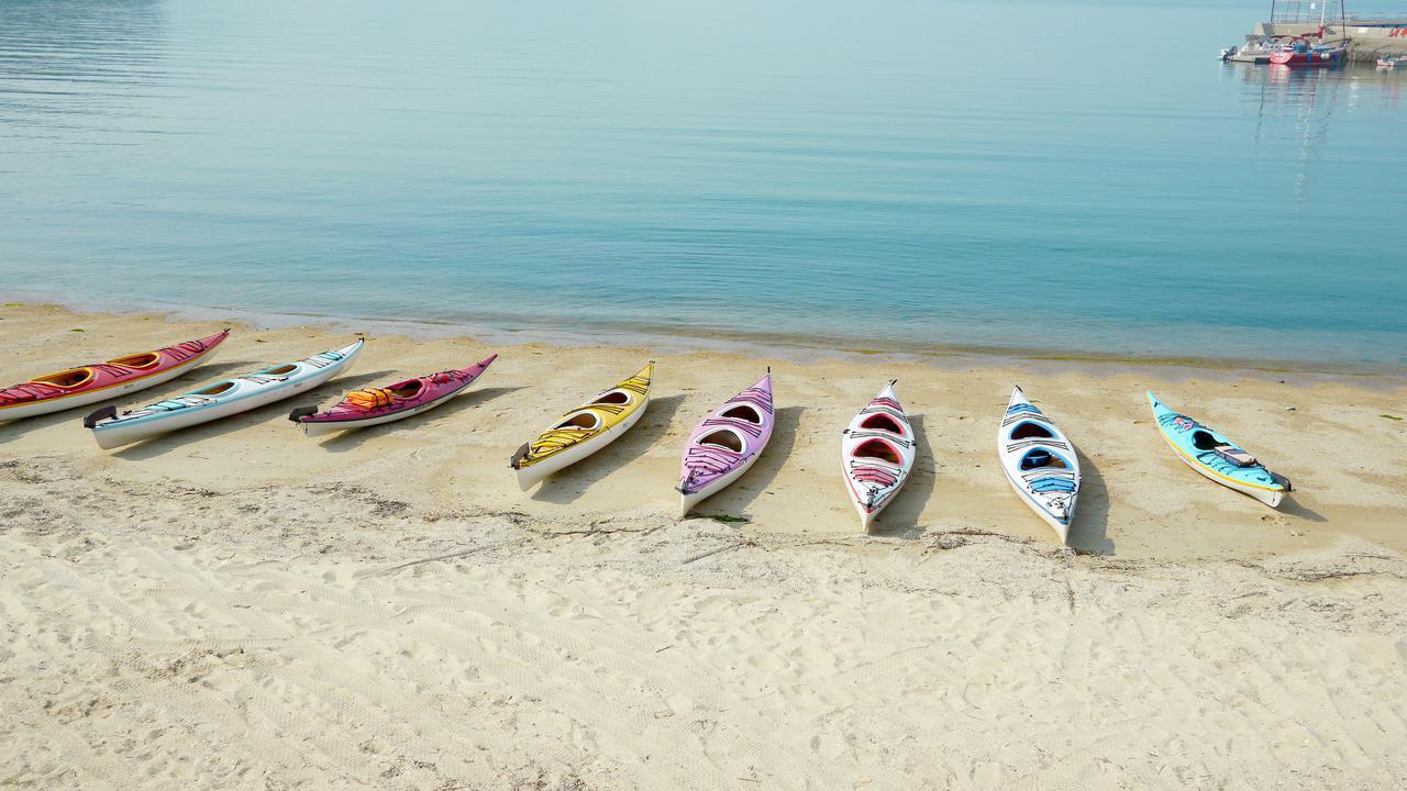 画像: カヌーとカヤックの違いとは? 関東で体験できるスポット&釣りやレジャーにおすすめの製品をご紹介! - ハピキャン(HAPPY CAMPER)
