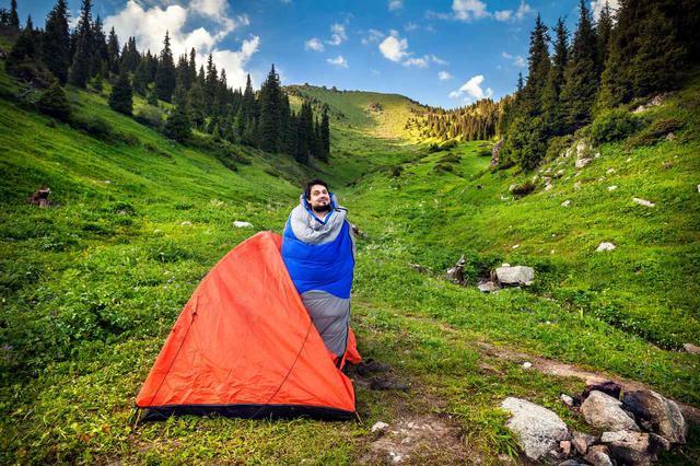 画像: キャンプ初心者向けシュラフ(寝袋)3選 春・夏・秋の3シーズン使える物がおすすめ - ハピキャン(HAPPY CAMPER)