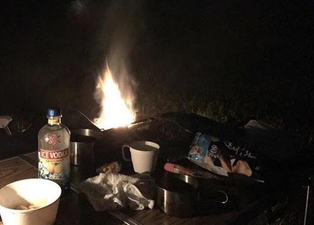 画像: 【初心者必見】キャンプやBBQで火起こし!簡単にできる方法から便利アイテム・炭の選び方まで徹底解説! - ハピキャン(HAPPY CAMPER)