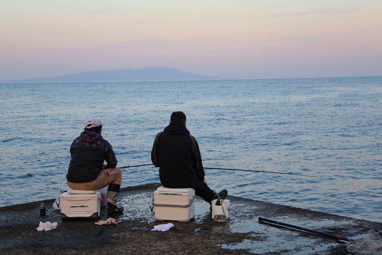 画像: 【海釣り初心者必見】釣り人のマナーやゴミ対策&おすすめ便利グッズを徹底紹介! - ハピキャン(HAPPY CAMPER)