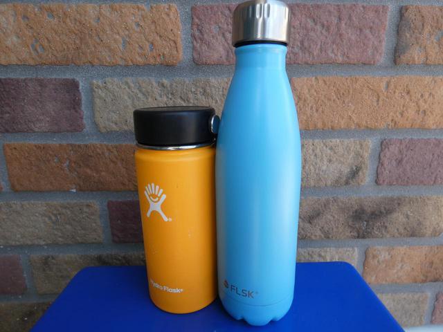 画像: 【筆者愛用】おしゃれ水筒フラスク&ハイドロフラスク 炭酸飲料が入れられるタイプも - ハピキャン(HAPPY CAMPER)