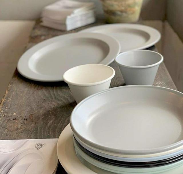 画像: フチの部分のわずかな立ち上がりにより、最後の1粒・1カケラまでスマートに食べられます。 platchamp.com