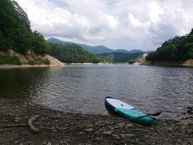 画像: 筆者撮影:ならまた湖とSUP