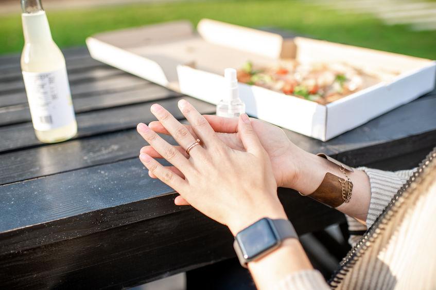 画像: Q6.アルコールランプやストーブのアルコールで手指の消毒はできる?