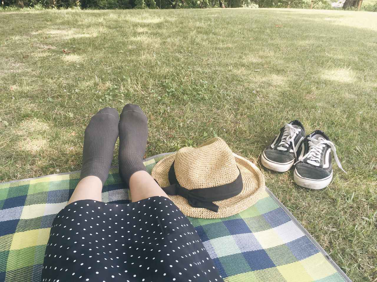 画像: ピクニックで開放感を味わいたい人におすすめのグランドシート&レジャーシート! 寝転がっても◎