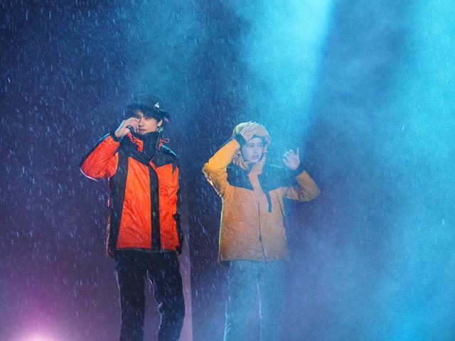 画像: 【ワークマン2020秋冬モデル】ボルダリングウォールやランウェイに氷が登場する「過酷ファッションショー」速報レポート! - ハピキャン(HAPPY CAMPER)