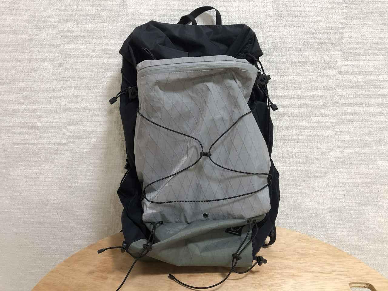 画像: 筆者撮影 筆者が使用しているザック「山と道 mini」にもX-PACは使用されています。
