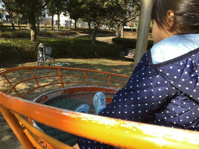 画像: マナーその3:子ども達を遊ばせるときは広場で遊ばせる! 子どもとのキャンプでは広いキャンプ場を選ぼう