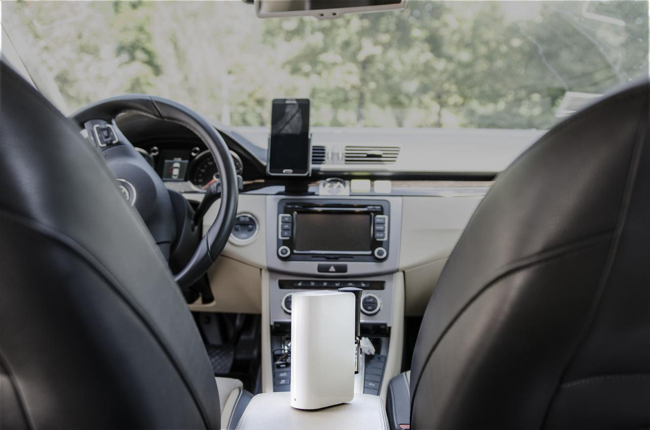 画像: 車載用の空気清浄機を使って車の空気を綺麗に保とう! ニオイ・ホコリ・花粉に悩んでいる人に最適!