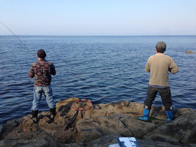 画像: 釣りにおすすめのウェアを着用して快適な釣りライフを送ろう!