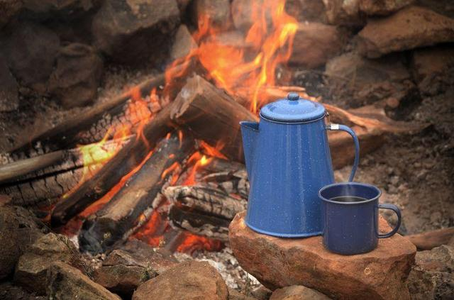 画像: 秋冬キャンプ・アウトドアにも保温ポットを活用して暖く過ごそう! おしゃれ&高性能なものもたくさん