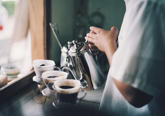 画像: キャンプ・アウトドアに革命! お湯を沸かす・豆を挽く必要性なし食べるコーヒー・かじる珈琲とは?