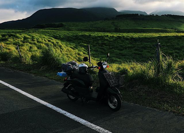 画像: 【ポイント1】原付バイクの積載条件をチェック 50cc以下でキャンプに行く際はバッグのサイズも注意!