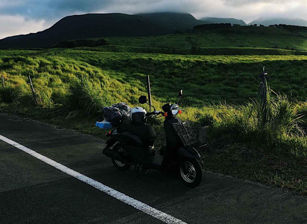画像: 【ポイント1】原付バイクの積載条件をチェック! 50cc以下でソロキャンプに行く際はバッグのサイズも注意!