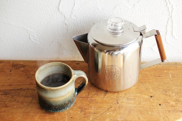 画像: 【筆者愛用】コールマンのパーコレーターでコーヒーを手軽に! ケトルやクッカーとしても便利 - ハピキャン(HAPPY CAMPER)