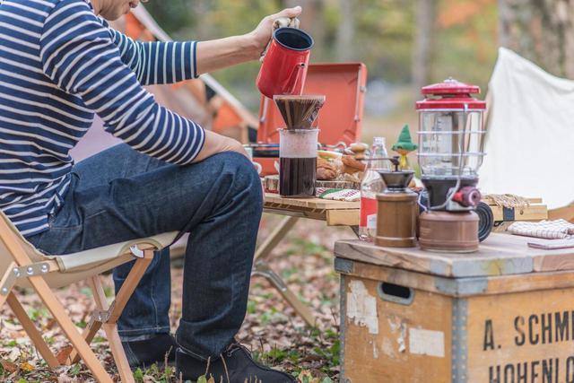 画像: 【おいしいコーヒーの淹れ方】キャンプでも楽しめる! ドリップやパーコレーターでの手順を解説