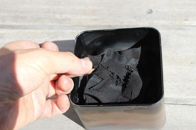 画像: 筆者撮影 別の缶で作ったチャークロス