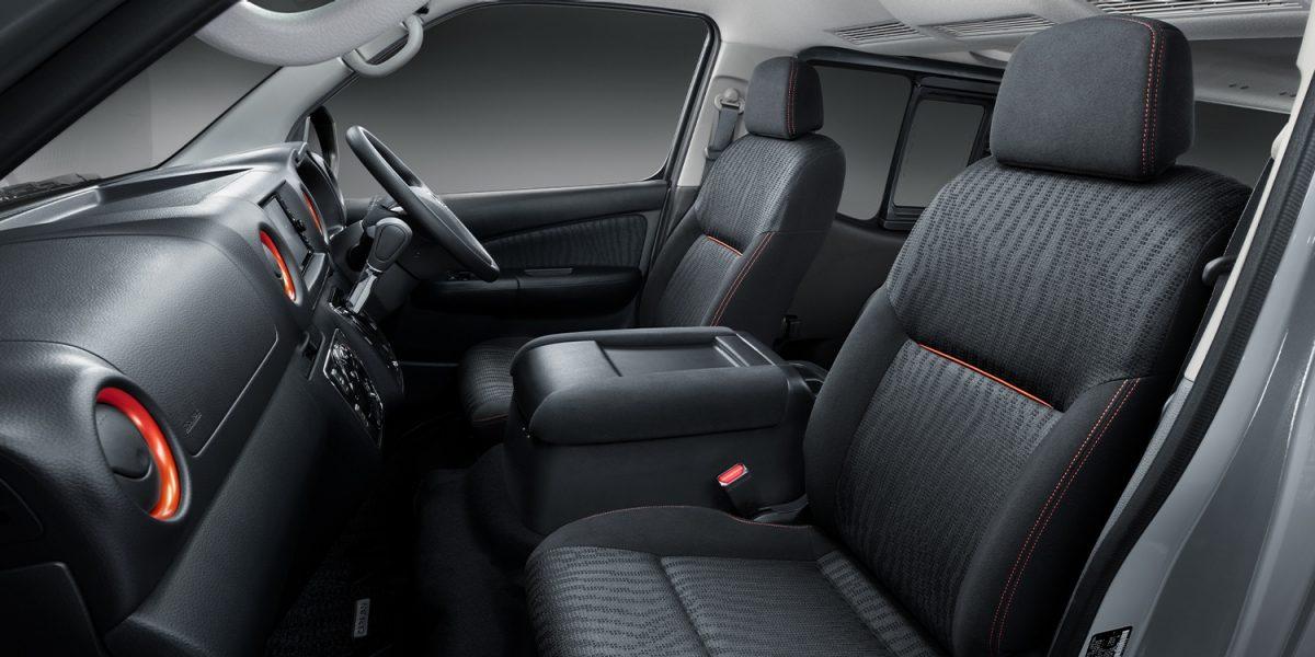 画像4: https://www3.nissan.co.jp/vehicles/new/nv350caravan/specifications/black_gear.html