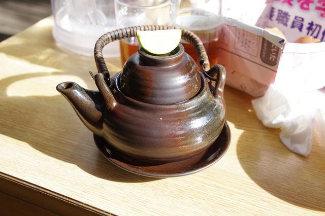 画像: (筆者撮影)松茸の土瓶蒸し。こちらはおかわりできません。