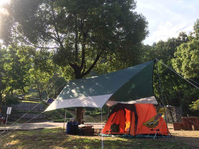 画像: ソロキャンプにおすすめの1人用タープ4選&ポールを使った簡単にできる張り方も紹介 - ハピキャン(HAPPY CAMPER)