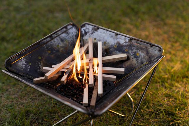 画像2: キャンプの炎で木工職人を支援!飛騨高山のエコ着火剤「HIDANE」