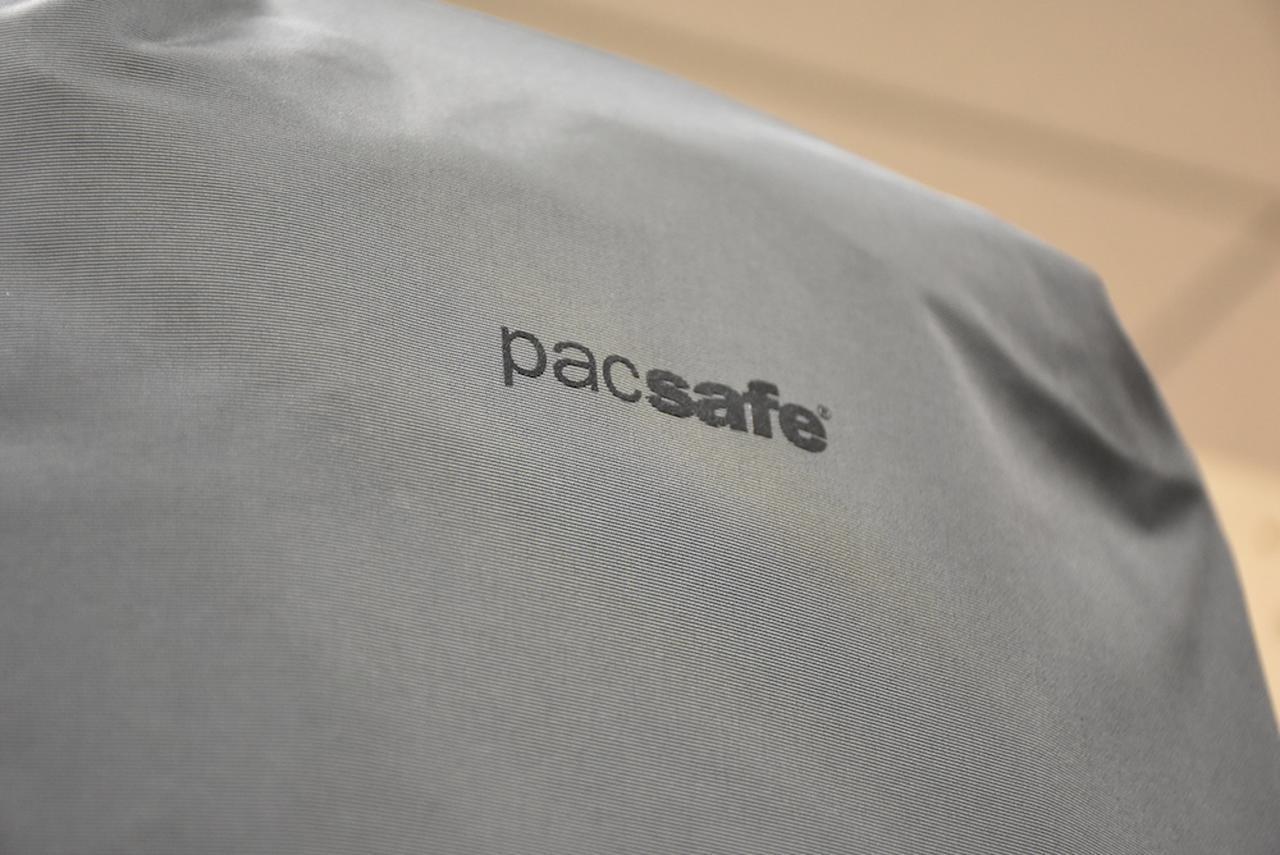 画像2: 【A&F(エイアンドエフ)アウトドアブランド③】pacsafe(パックセーフ)