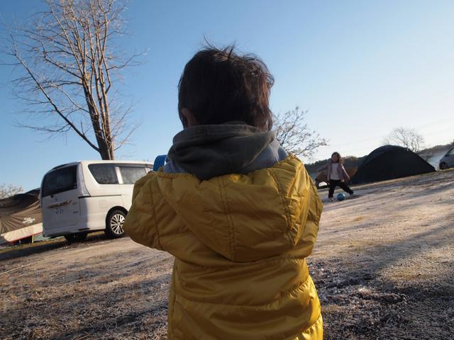 画像: 筆者撮影:12月下旬 千葉県君津市:8時頃のキャンプ場 https://campeena.com