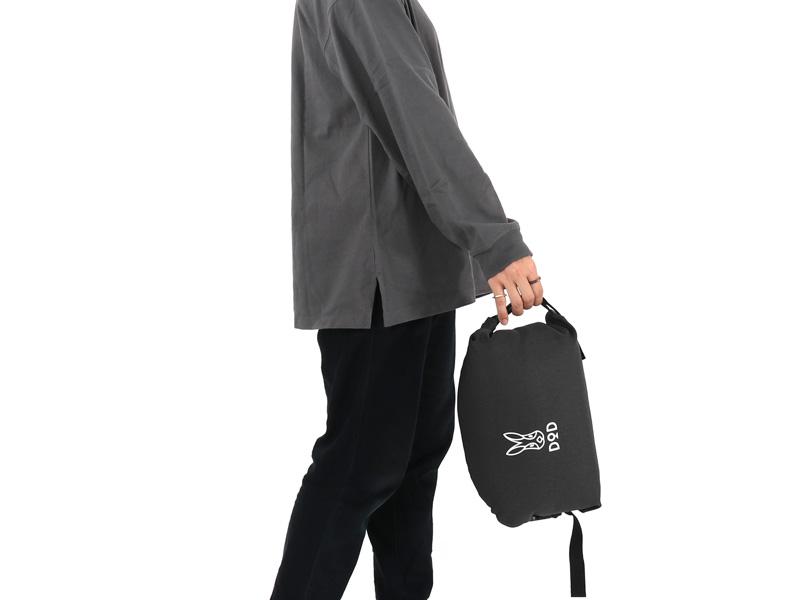 画像1: コンパクト収納&専用キャリーバッグが地味に良い