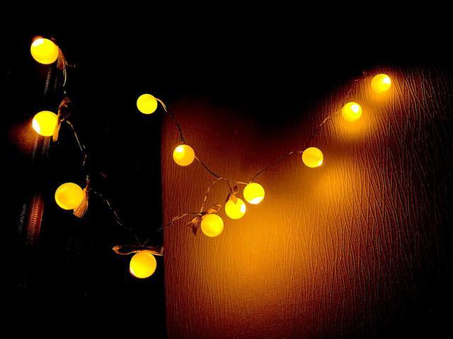 画像: キャンプサイトを彩る「ガーランド」に注目!100均DIYでの作り方&おすすめ商品5選!クリスマスイルミネーションにも - ハピキャン(HAPPY CAMPER)