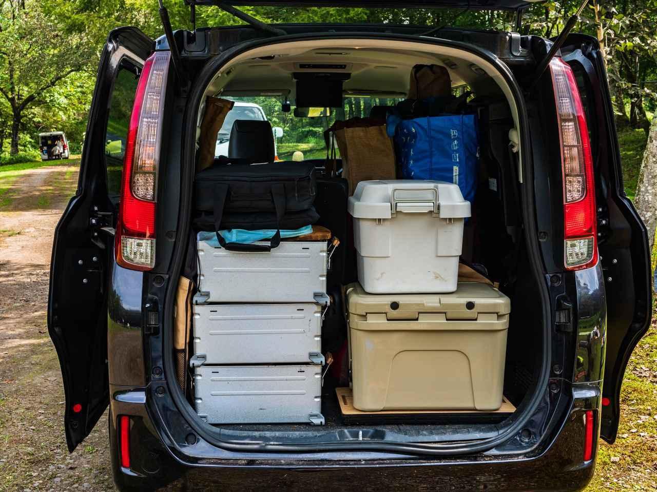 画像1: 5人家族キャンプの収納&積載のコツ! スノーピークのシェルフコンテナが優秀 収納テクをご紹介 - ハピキャン(HAPPY CAMPER)