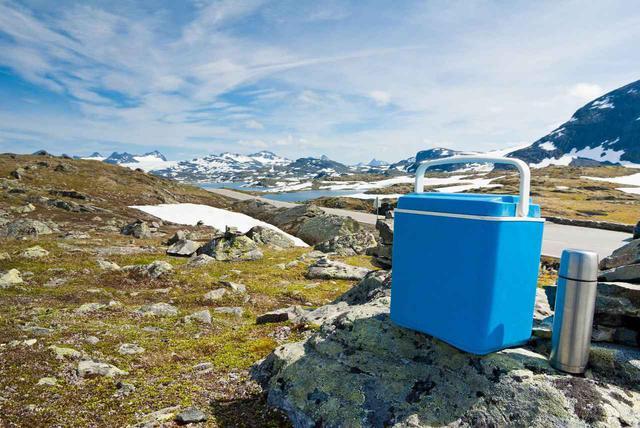 画像: 保冷力の高いクーラーボックスはどれ? キャンプにおすすめのクーラーボックスを紹介 - ハピキャン(HAPPY CAMPER)