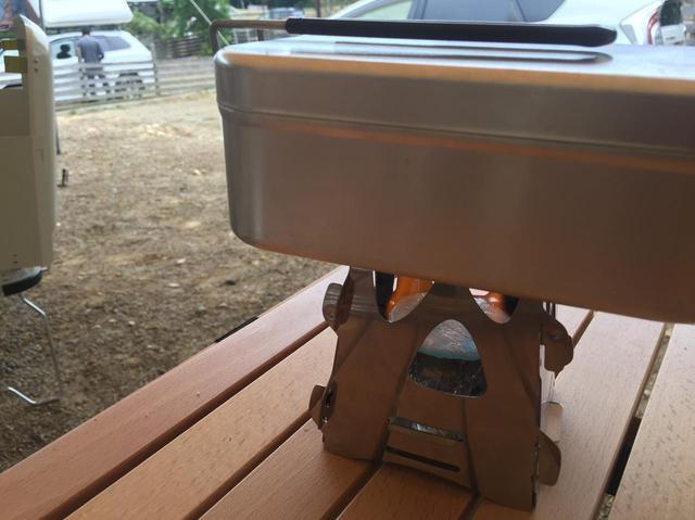 画像: 【メスティン】SOTOのミニ焚き火台Tetra(テトラ)を使ってキャンプで自動炊飯! - ハピキャン(HAPPY CAMPER)
