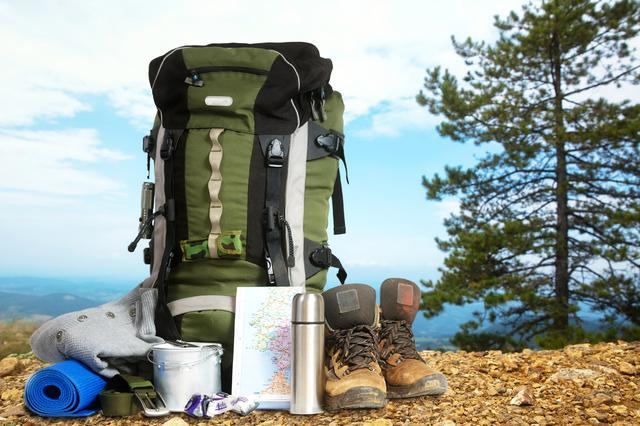 画像: ソロキャンプでは身軽さが命! だからこそ秋冬の防寒対策も身軽で・気軽にできるものでなくっちゃ!