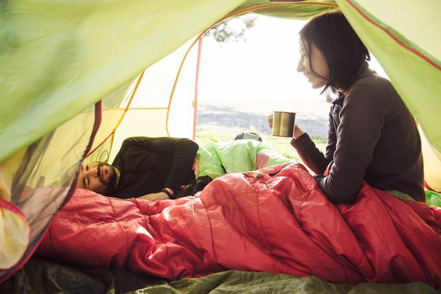 画像: 【ソロキャンプ防寒対策⑦】シュラフ(寝袋)に包まる! 引きこもりながらでも楽しめることはたくさん