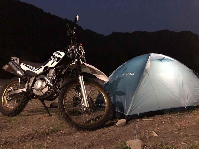 画像: バイクツーリングでのソロキャンプ用テントなら、軽量&コンパクトなものがおすすめ!