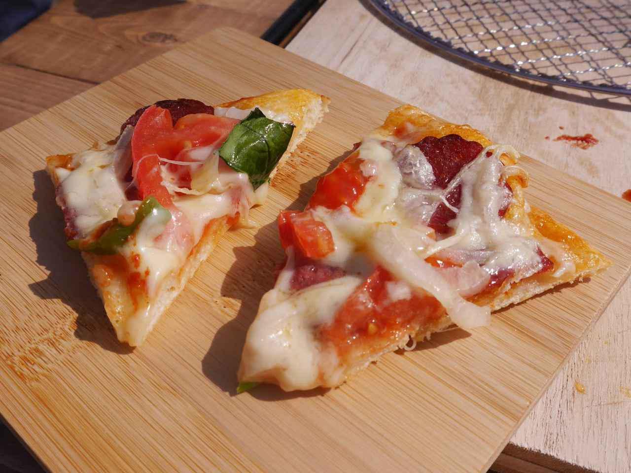 画像: 簡単ピザ生地の作り方! 手作りピザのおすすめトッピング具材やアレンジレシピも紹介 - ハピキャン(HAPPY CAMPER)