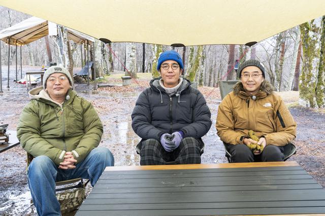画像: photographer 吉田 達史 左から、viblant石角さん、おぎやはぎ小木さん、矢作さん